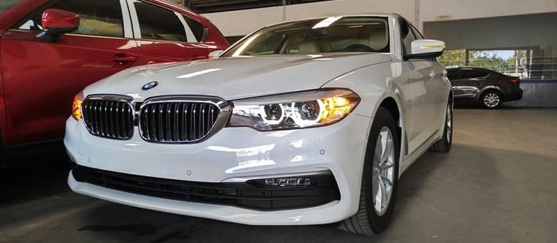 BMW 5-Series giảm giá sốc, lần đầu dưới hai tỷ đồng