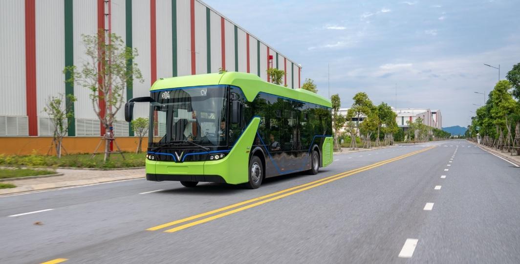 VinBus hợp tác Star Charge phát triển trạm sạc xe buýt điện lớn nhất ASEAN