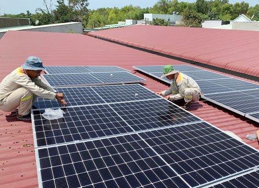 Xóa bỏ rào cản để phát triển năng lượng xanh bền vững