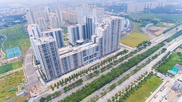 """Báo cáo Thủ tướng vụ hàng vạn căn hộ ở TP HCM bị """"treo"""" sổ hồng"""