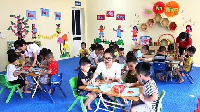 Chọn đồ chơi, học liệu cho trẻ mầm non đáp ứng 3 tiêu chí