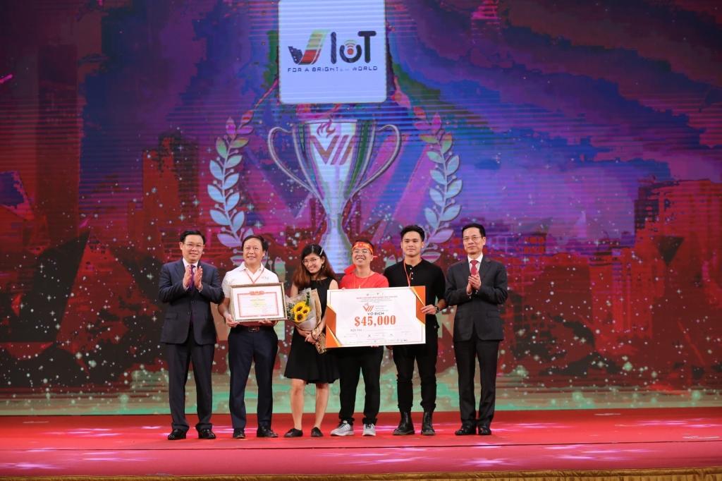 Huy động 1,7 tỉ USD từ cuộc thi VinaCapital Ventures VietChallenge