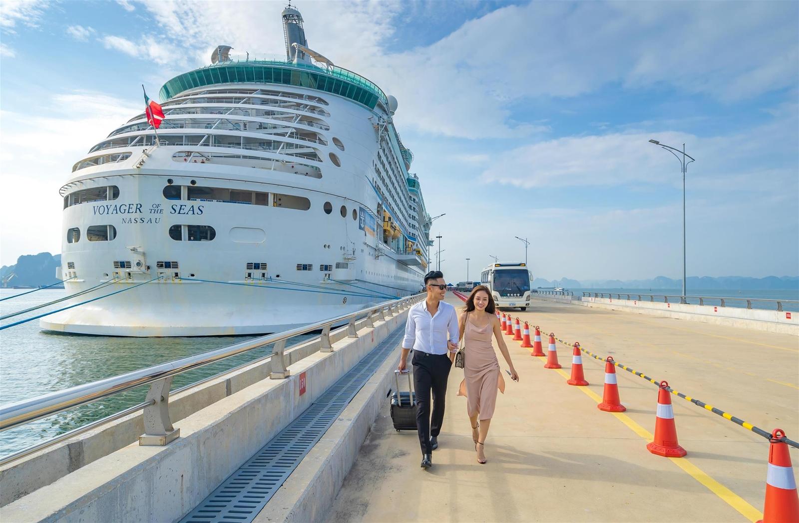 Cảng tàu khách quốc tế Hạ Long – Dấu ấn nâng hạng du lịch biển Việt