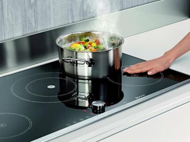 7 sai lầm khi sử dụng bếp điện từ gây mất an toàn