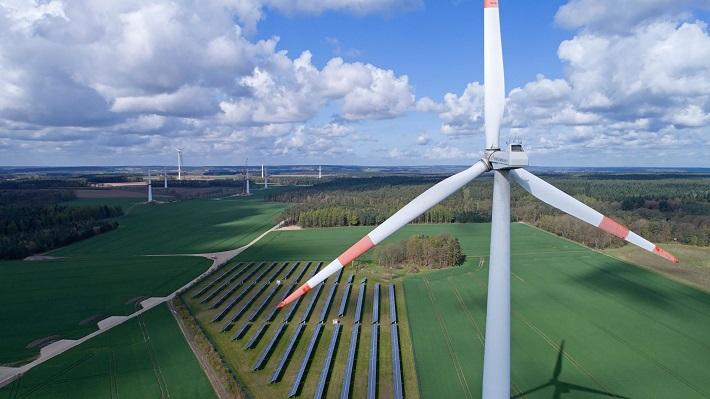 Năng lượng tái tạo: Lời giải cho bài toán an ninh năng lượng quốc gia