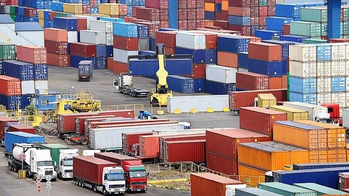 Nhập khẩu hàng hóa của Việt Nam trong tháng 11 giảm nhẹ
