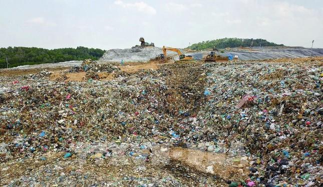 Sở Xây dựng Hà Nội xác định nguyên nhân gây mùi hôi ở bãi rác Nam Sơn