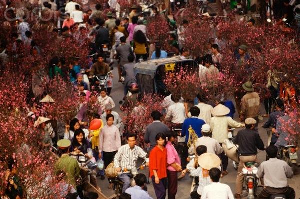Phiên chợ Tết xưa (Ảnh: Internet)