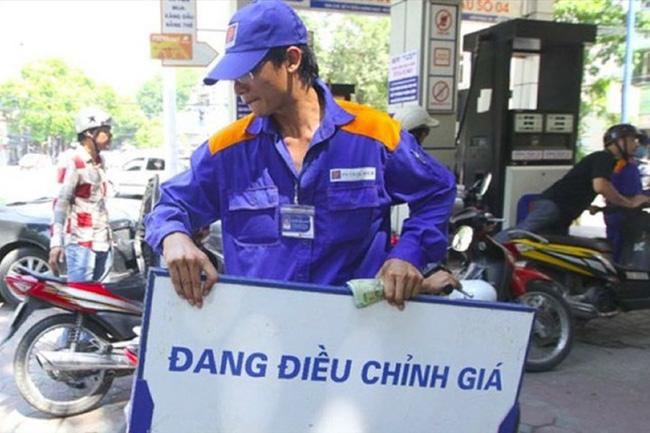 Bộ Tài chính đề xuất 10 ngày điều chỉnh giá xăng dầu 1 lần