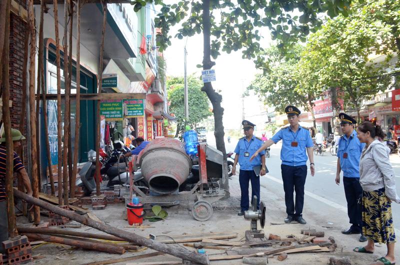 Quản lý trật tự xây dựng đô thị Hà Nội: Còn nể nang, ngại va chạm